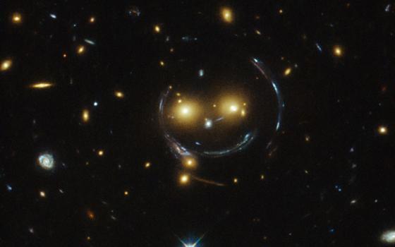 Cinco galáxias com formatos curiosos - Cultura de Algibeira, Algibeira, Bolso, Cultura